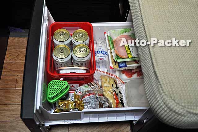 キャンピングカーの冷蔵庫