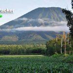 ニセコに鎮座する羊蹄山は日本百名山のひとつ。