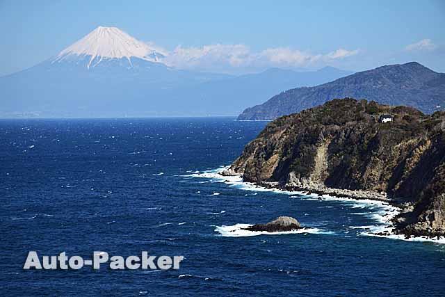 駿河湾越しの富士山