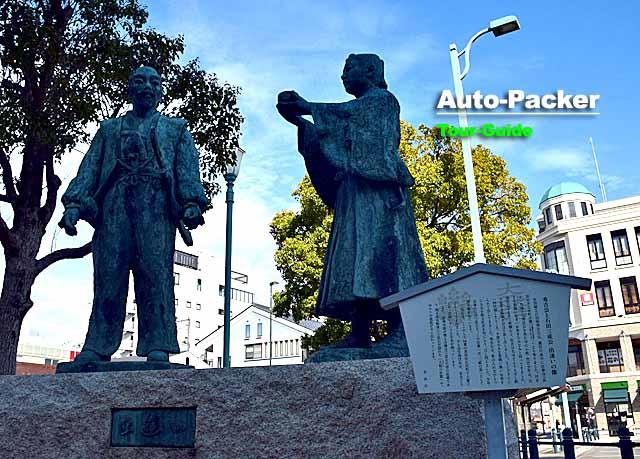 長浜駅 秀吉と三成の像